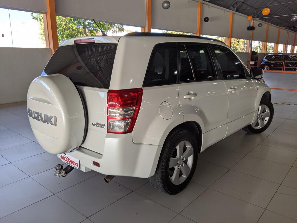 Imagem do veículo SUZUKI GRAND VITARA 2.0 4X2 16V GASOLINA 4P MANUAL