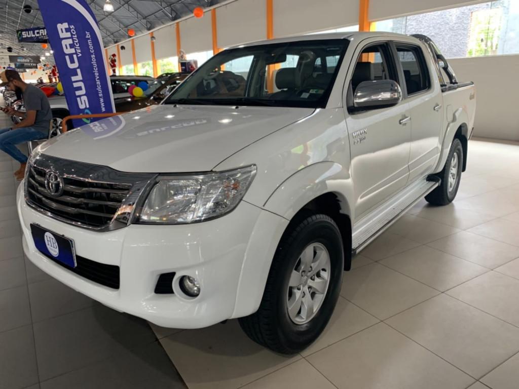 Toyota Hilux Cd 4x4 Srv 2.7