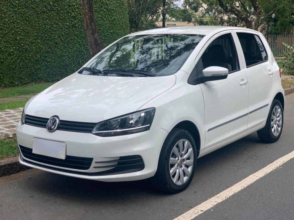 Volkswagen Fox Trend 1.0 8v Flex 4p 2015