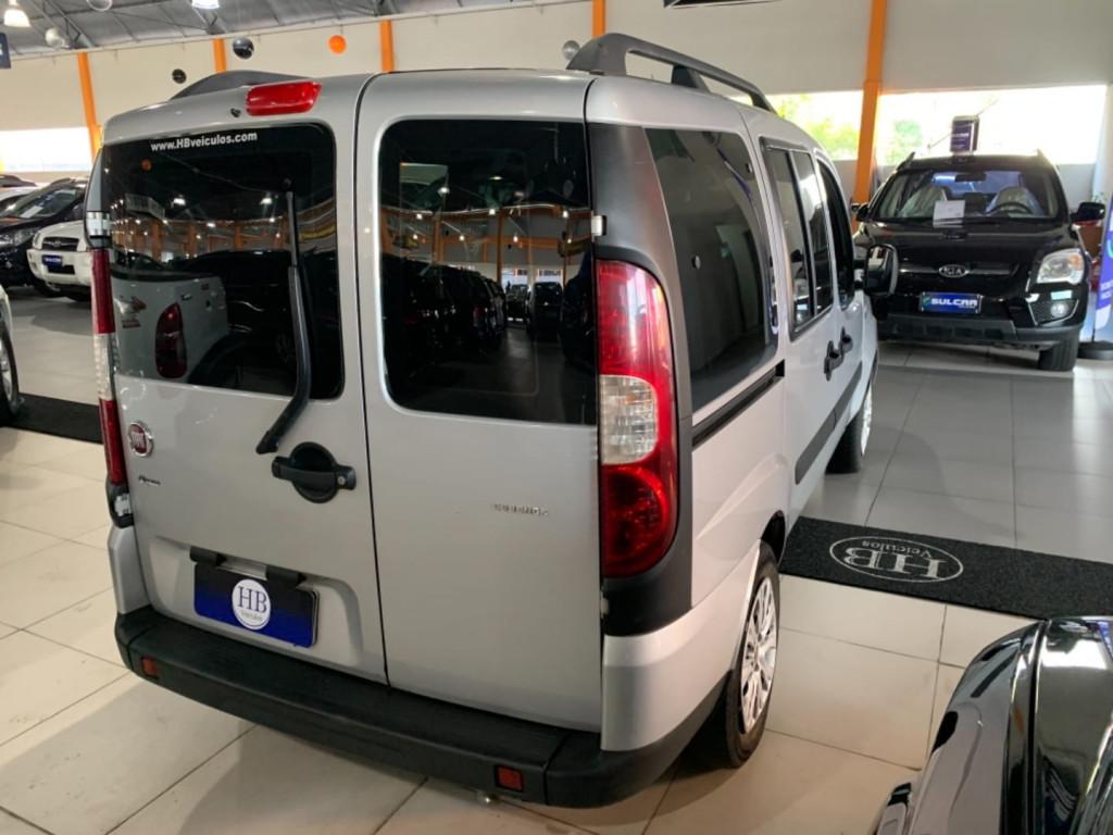 Imagem do veículo Fiat Doblo Essence 1.8 Flex 16v 7l