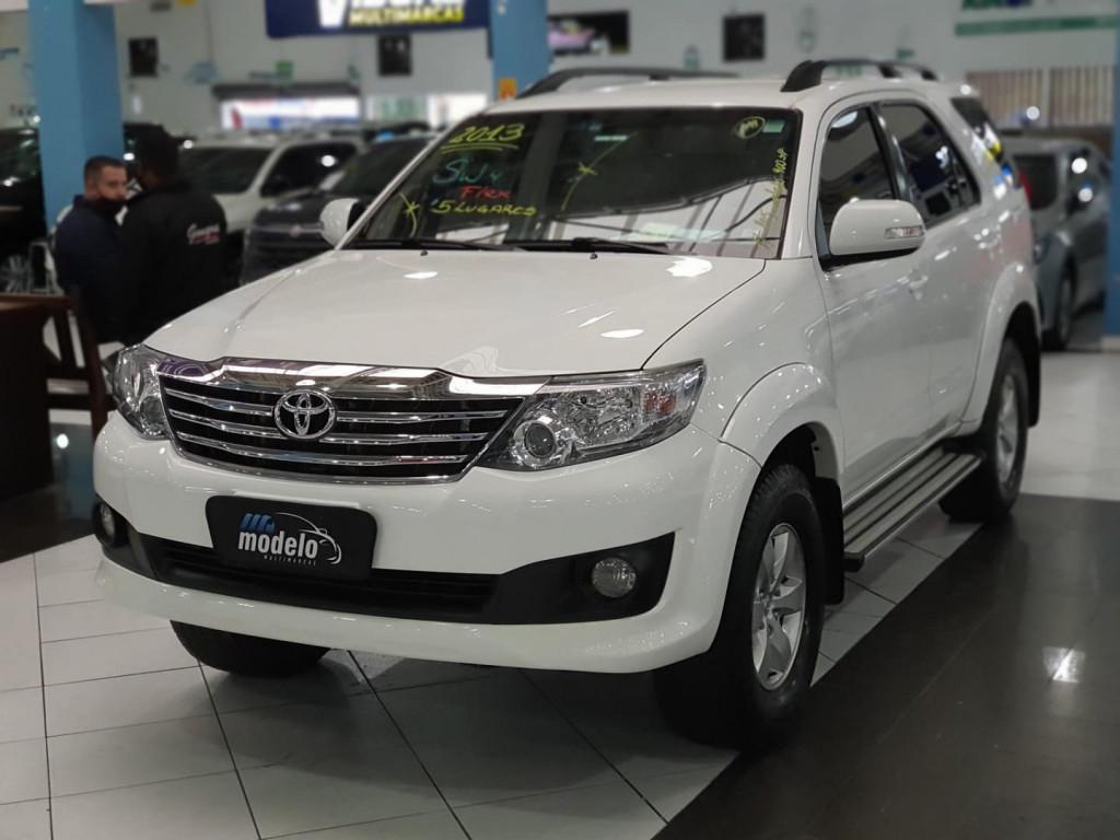 Imagem do veículo Toyota Hilux Sw4 4x2sr 2013