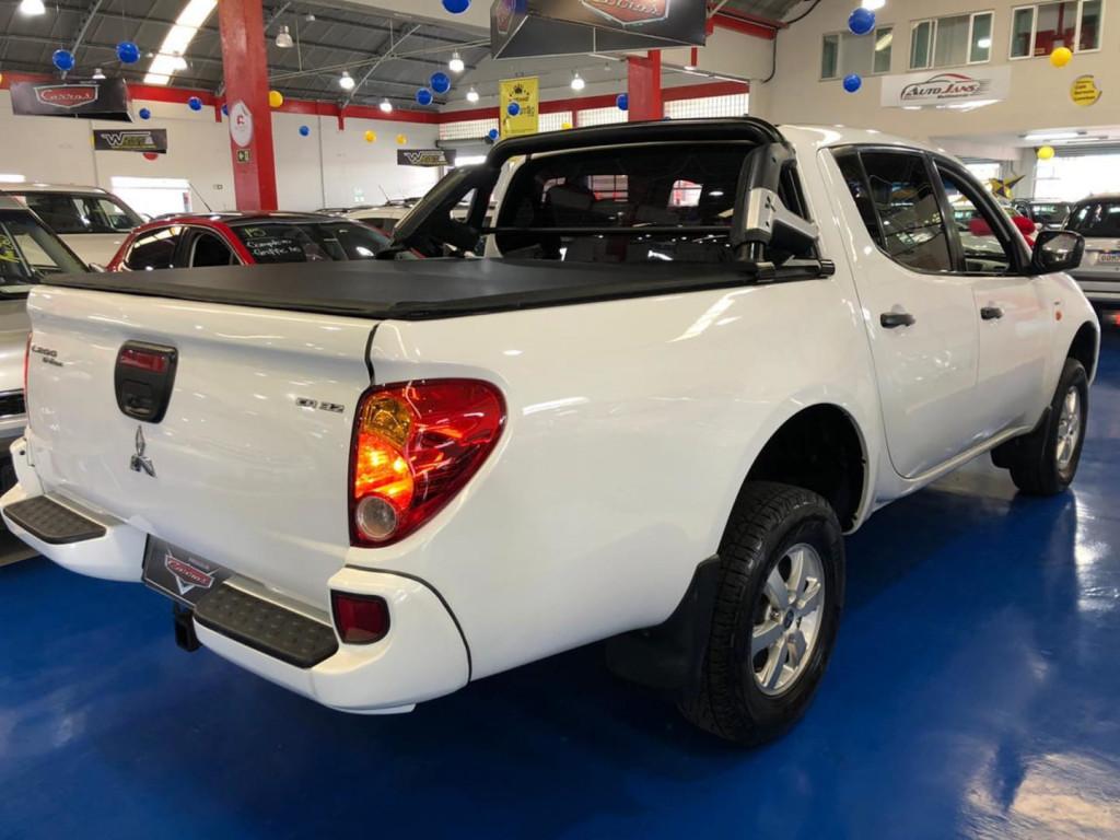 Imagem do veículo Mitsubishi L200 Triton Glx 3.2 4x4 Cd