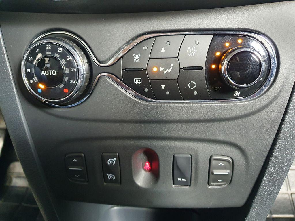 Imagem do veículo Renault SANDERO SPORT RS 2.0 Hi-Power 16V 5p