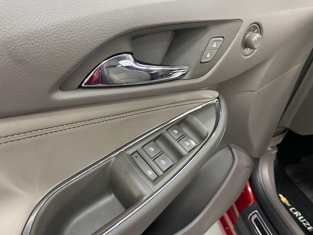 Imagem do veículo Chevrolet CRUZE LTZ 1.4 16V Turbo Flex 4p Aut.