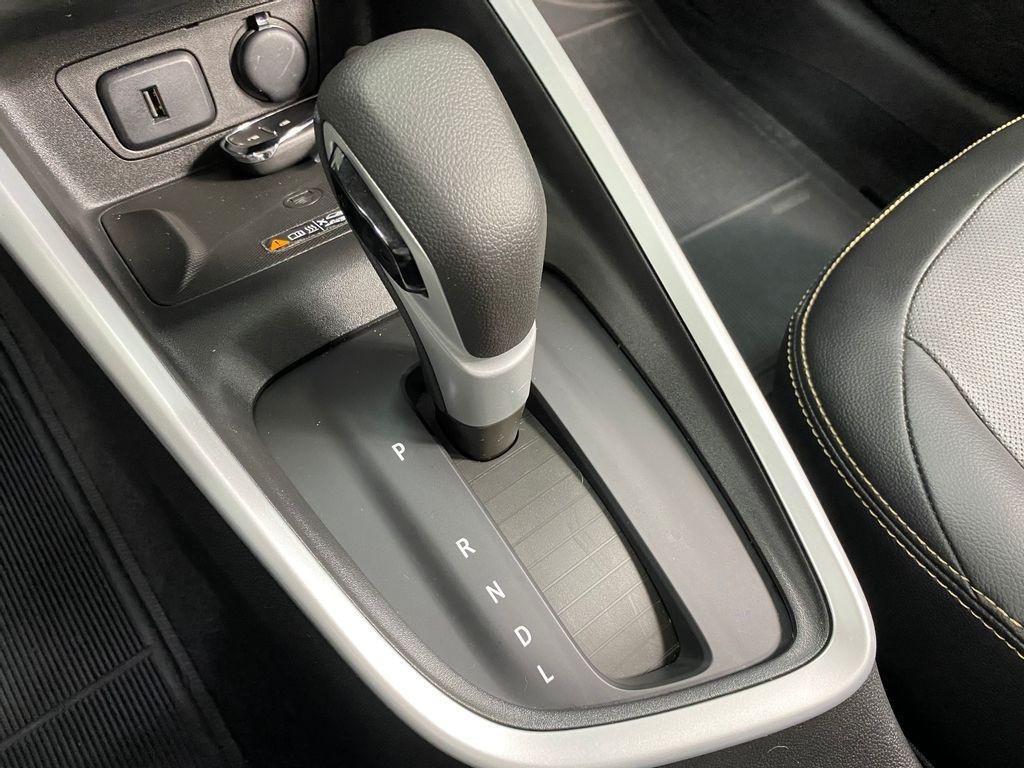 Imagem do veículo Chevrolet ONIX HATCH PREM. 1.0 12V TB Flex 5p Aut.