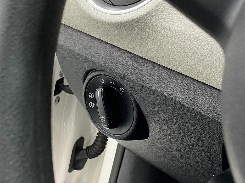 Imagem do veículo VolksWagen Up! Move 1.0 TSI Total Flex 12V 5p
