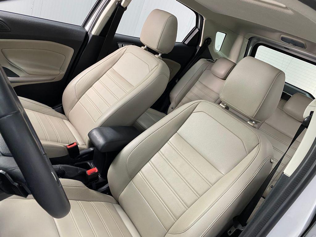 Imagem do veículo Ford EcoSport TITANIUM 2.0 16V Flex 5p Aut.