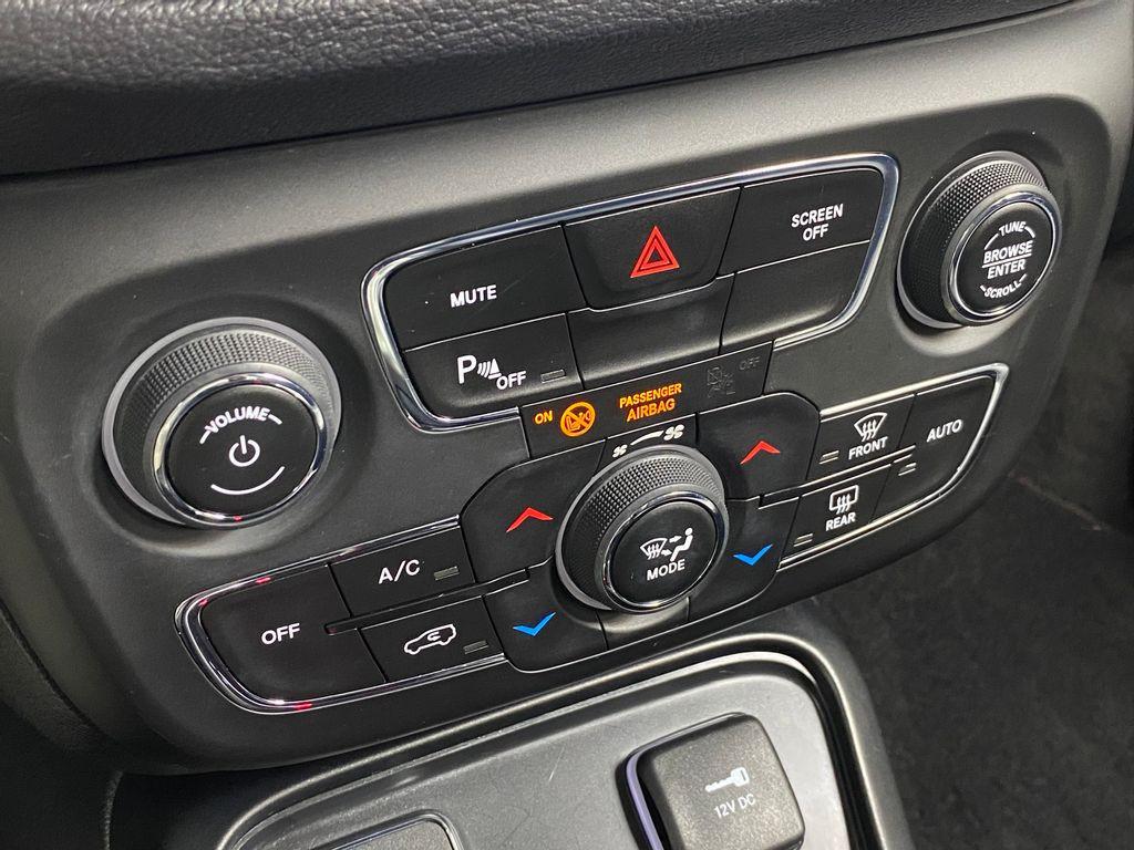 Imagem do veículo Jeep COMPASS LONGITUDE 2.0 4x2 Flex 16V Aut.