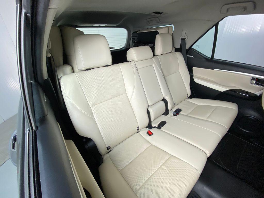 Imagem do veículo Toyota Hilux SW4 SRX Diamo. 4x4 2.8 TB Die Aut.