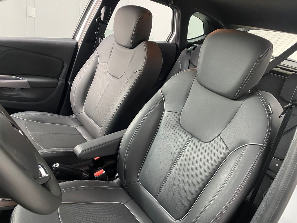 Imagem do veículo Renault CAPTUR Intense Bose 1.6 16V Flex 5p Aut.