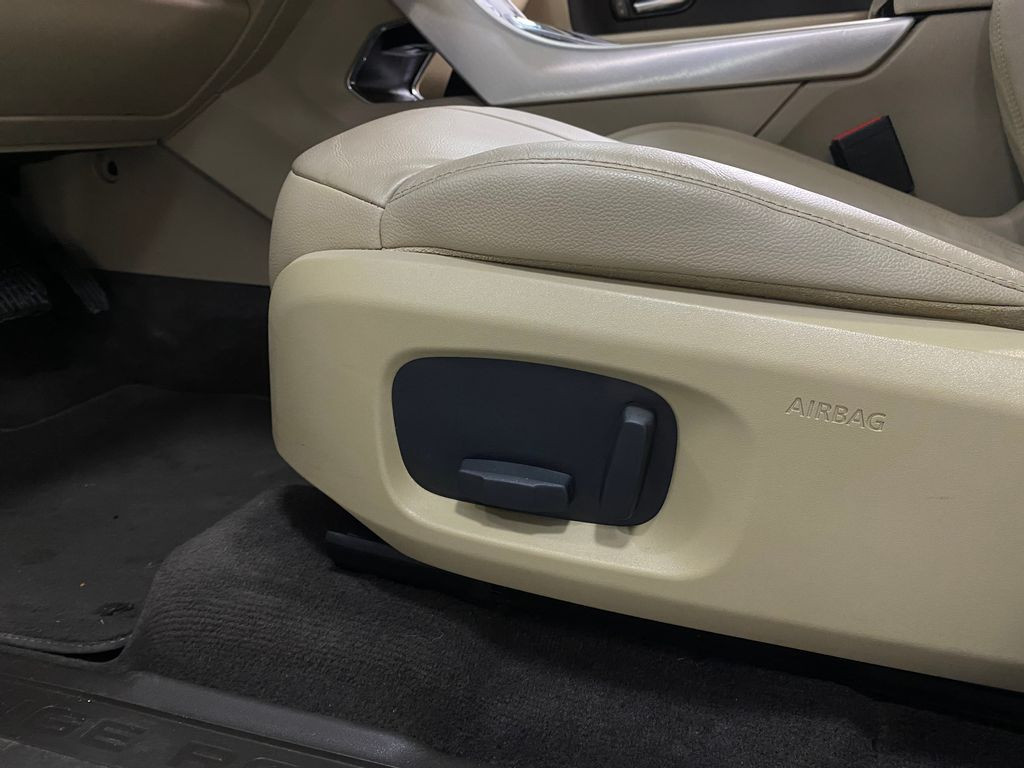 Imagem do veículo Land Rover Range R.EVOQUE Si4 SE Dynamic 2.0 Aut.