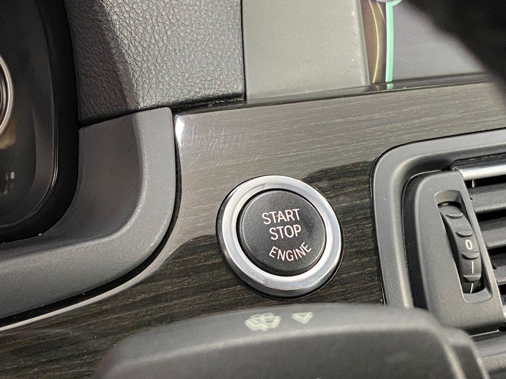 Imagem do veículo BMW 535iA 3.0 24V 306cv Bi-Turbo