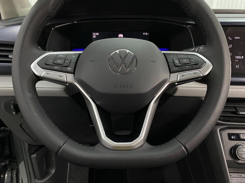 Imagem do veículo VolksWagen TAOS Comfortline 1.4 250 TSI Flex Aut.