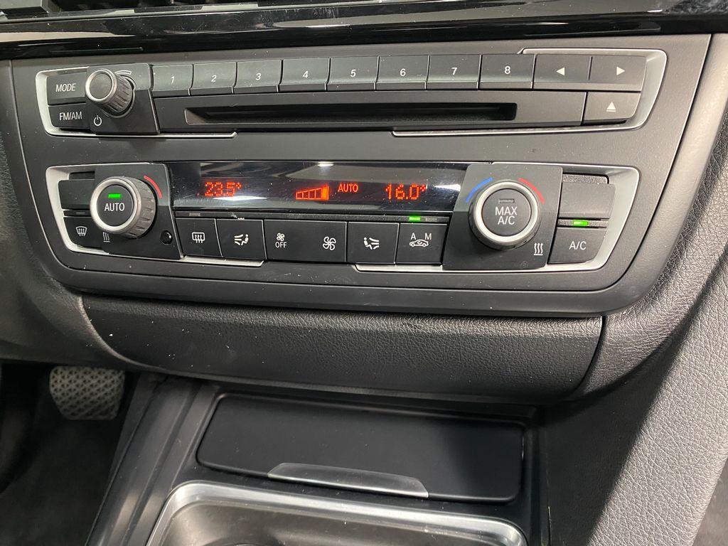Imagem do veículo BMW 328iA Sport 2.0 16V/2.0 16V Flex 4p