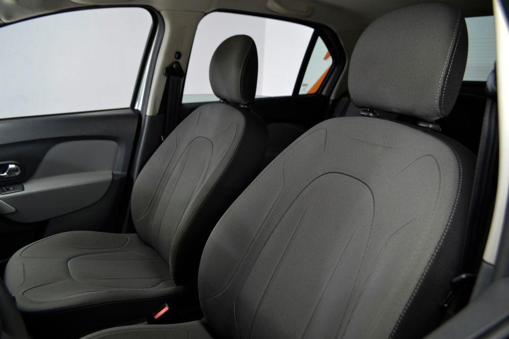 Imagem do veículo Renault LOGAN Dynamique Hi-Flex 1.6 8V 4p