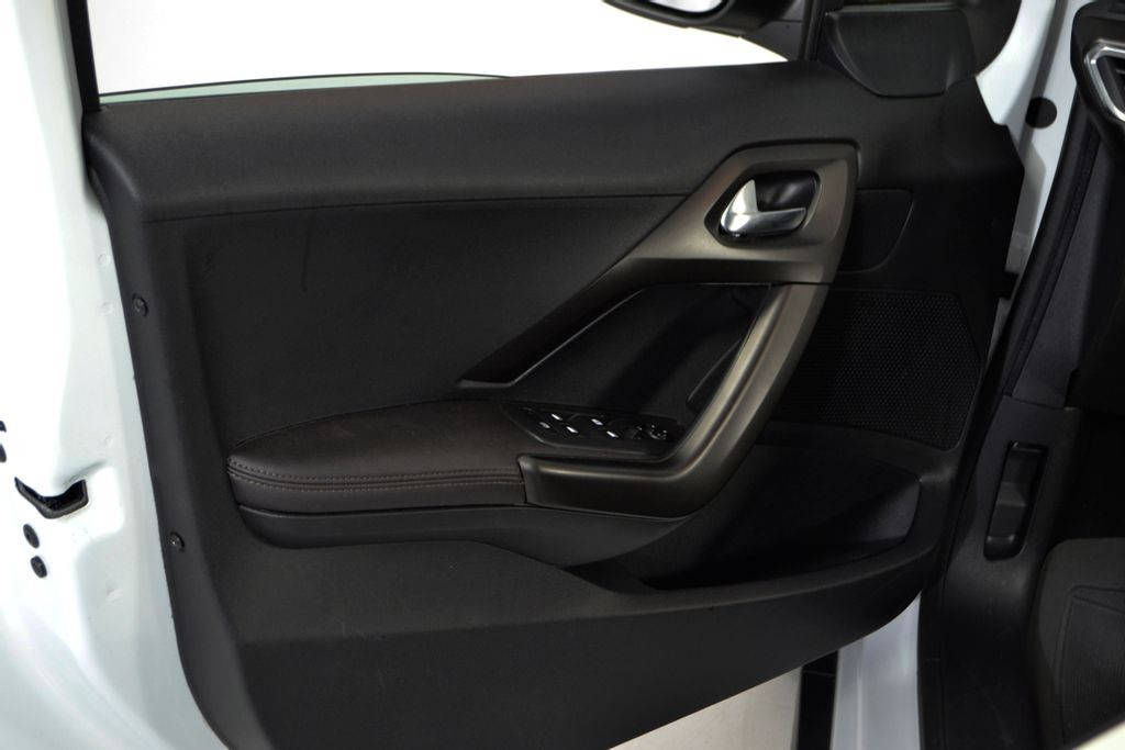 Imagem do veículo Peugeot 2008 Griffe 1.6 Flex 16V 5p Aut.