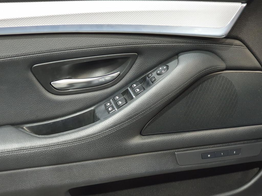 Imagem do veículo BMW 528i M SPORT 2.0 TURBO GASOLINA 4P AUTOMÁTICO 8M - 2015 - PRETO