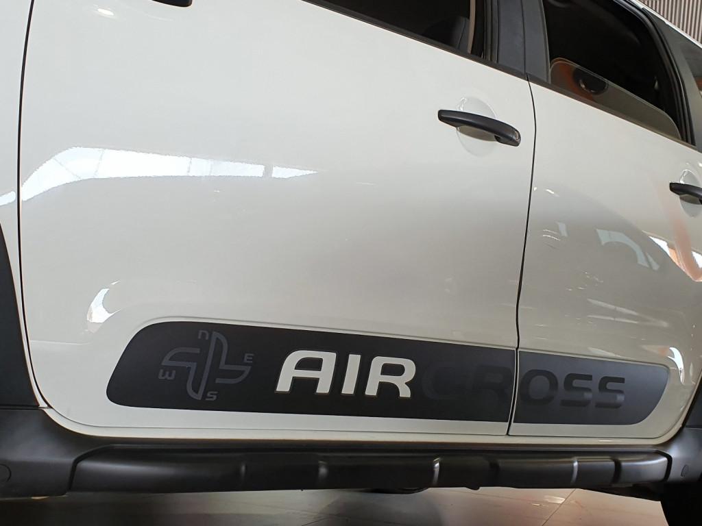 Imagem do veículo CITROËN AIRCROSS LIVE 1.6 FLEX 4P AUTOMÁTICO 6M - 2018 - BRANCO