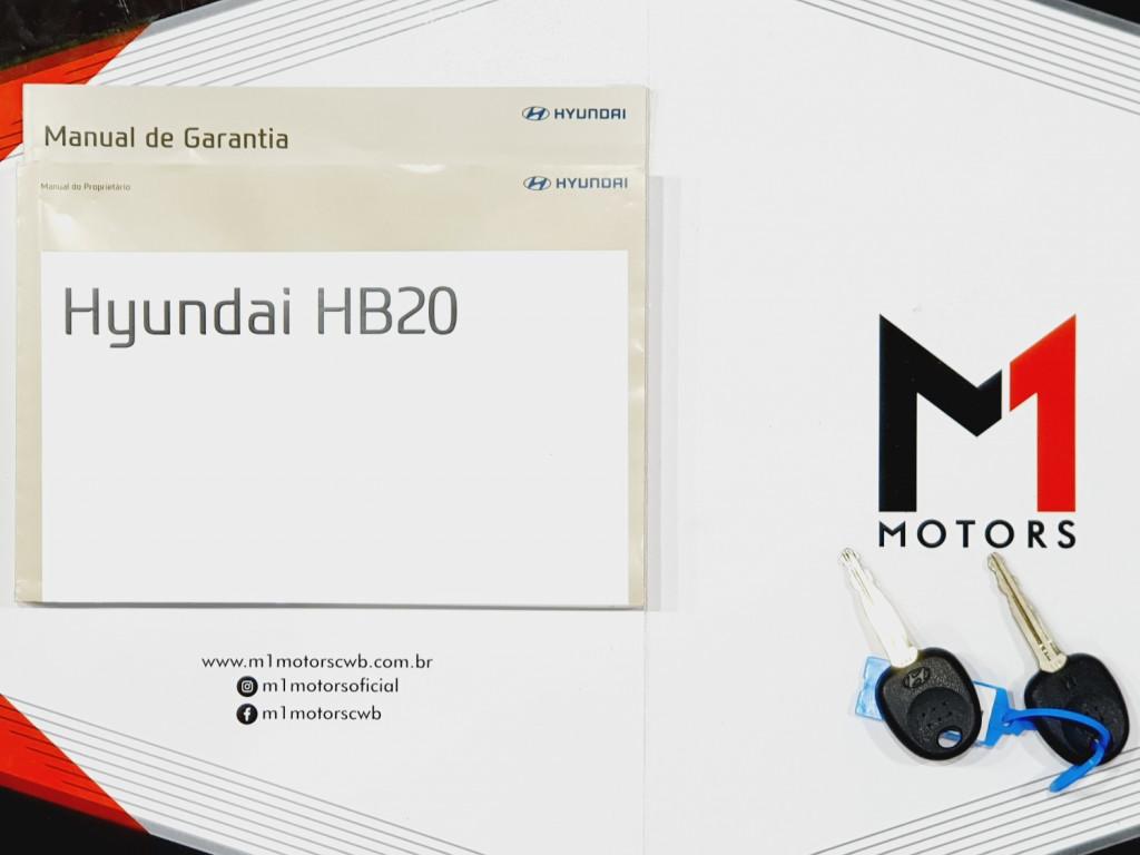 Imagem do veículo HYUNDAI HB20 COMFORT 1.0 FLEX 4P MANUAL - 2018 - PRATA