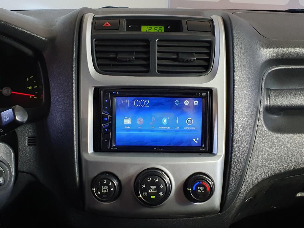 Imagem do veículo KIA SPORTAGE LX 2.0 GASOLINA 4X2 4P MANUAL - 2010 - PRETO