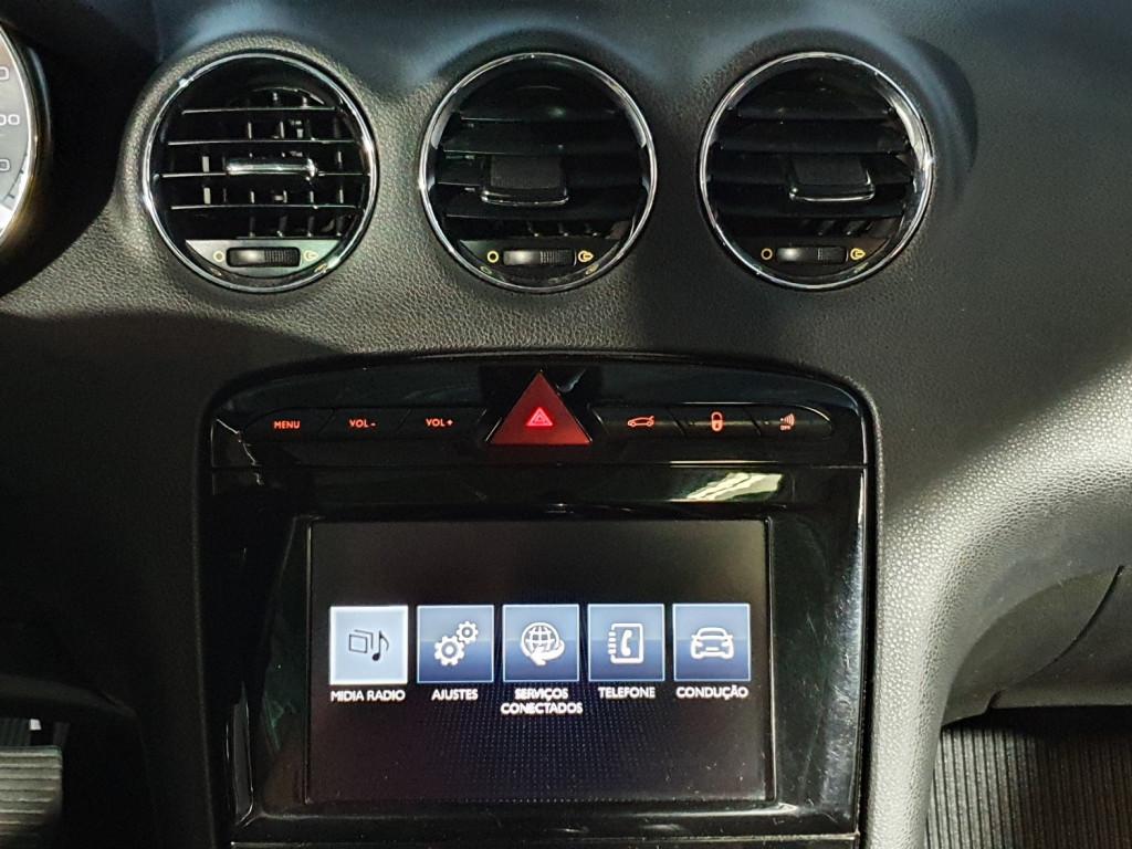 Imagem do veículo PEUGEOT 308 ALLURE 1.6 FLEX 4P MANUAL - 2016 - BRANCO
