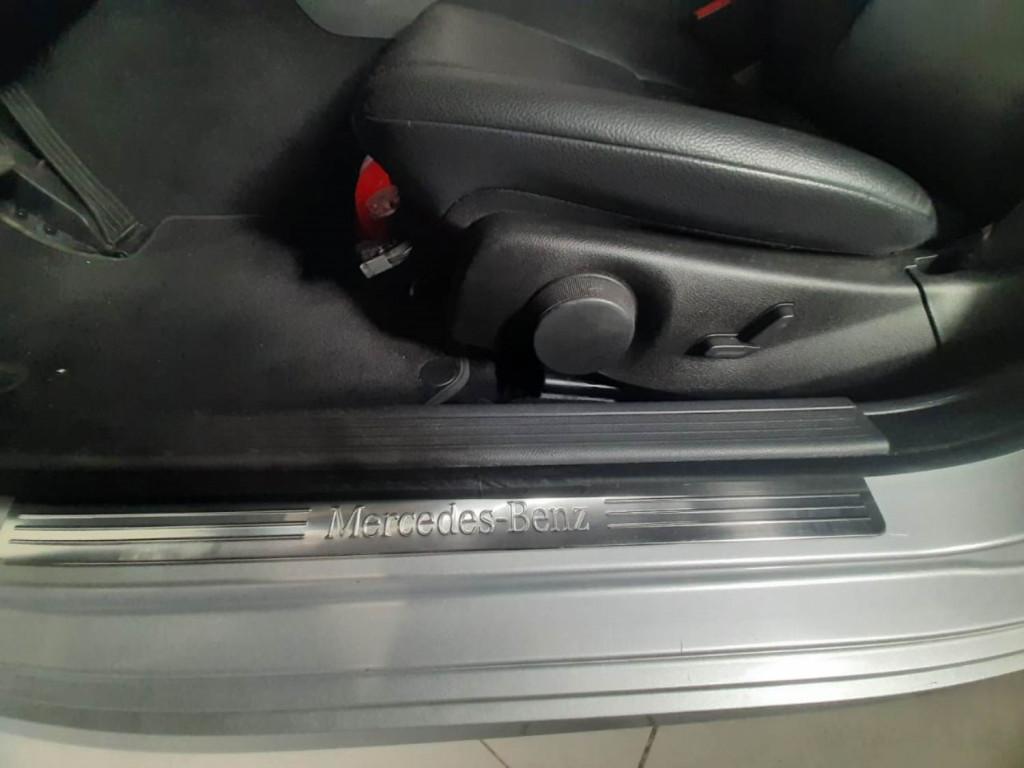 Imagem do veículo MERCEDES-BENZ C 180 CGI 1.6 TURBO GASOLINA 4P AUTOMÁTICO 7M - 2014 - PRATA