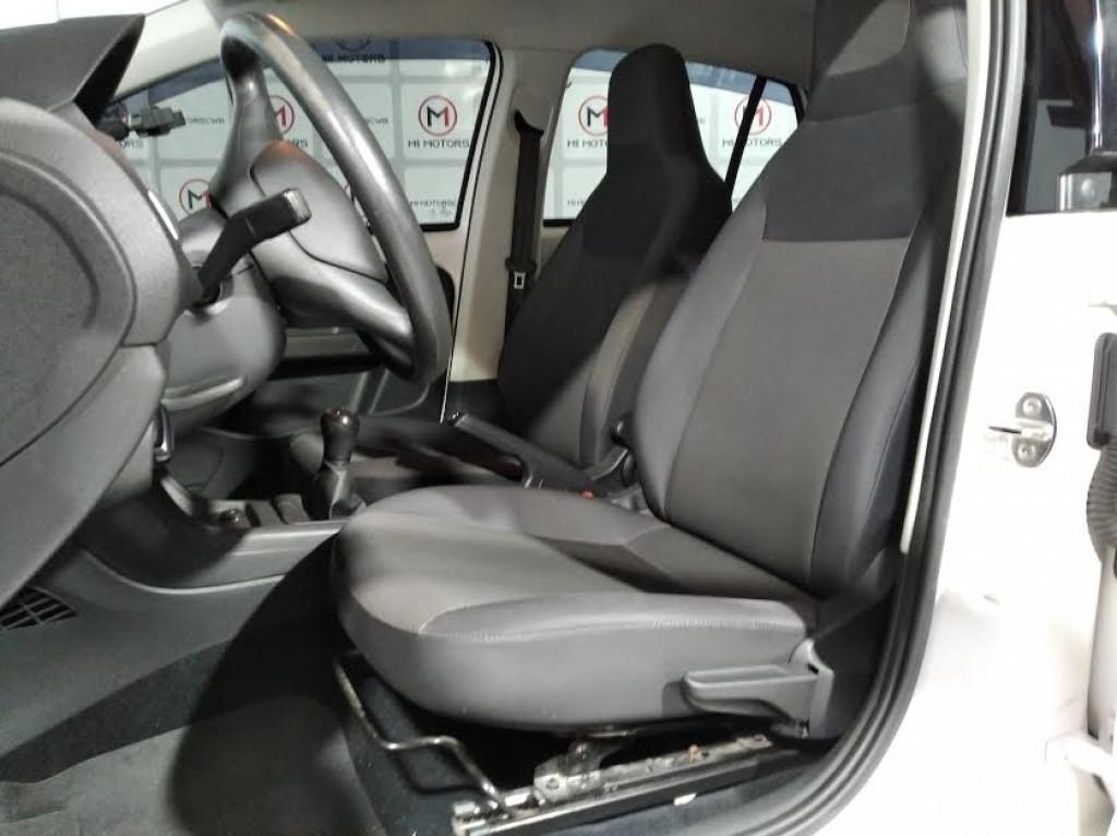Imagem do veículo VOLKSWAGEN UP TAKE 1.0 FLEX 4P MANUAL - 2018 - BRANCO