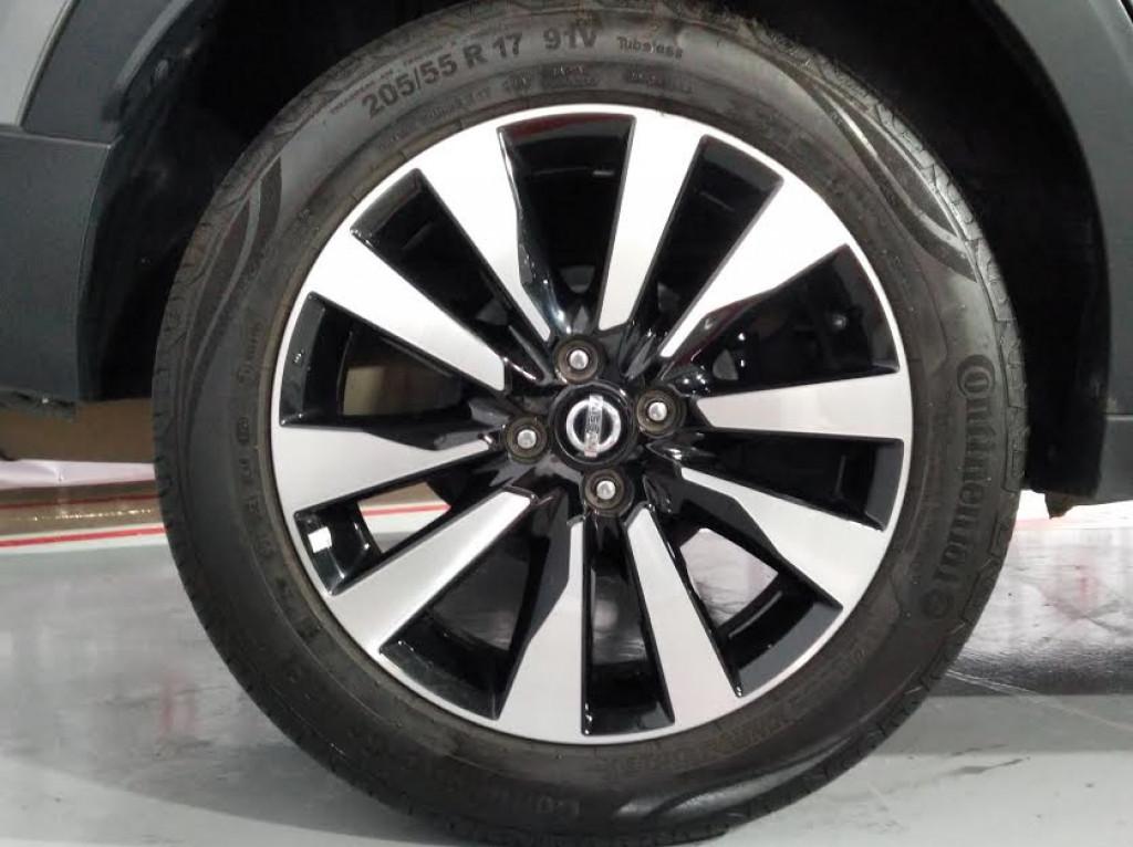 Imagem do veículo NISSAN KICKS SV 1.6  FLEXSTART 4P AUTOMÁTICO - 2018 - CINZA