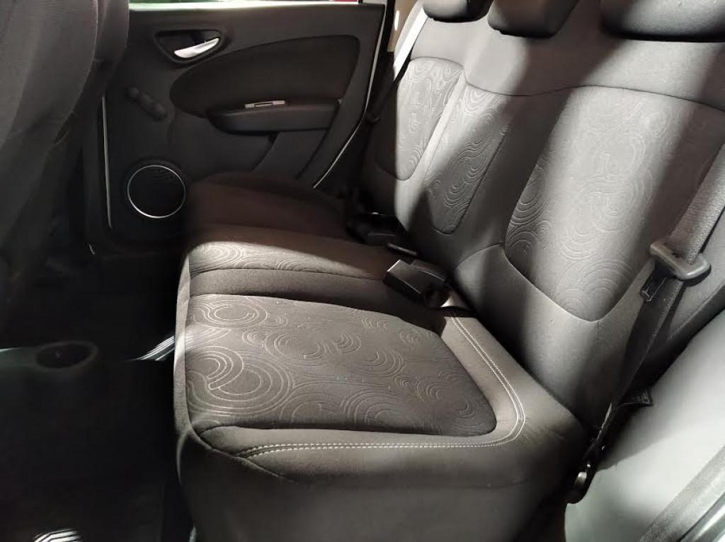 Imagem do veículo FIAT GRAND SIENA ATTRACTIVE 1.4 FLEX 4P MANUAL - 2018 - BRANCO