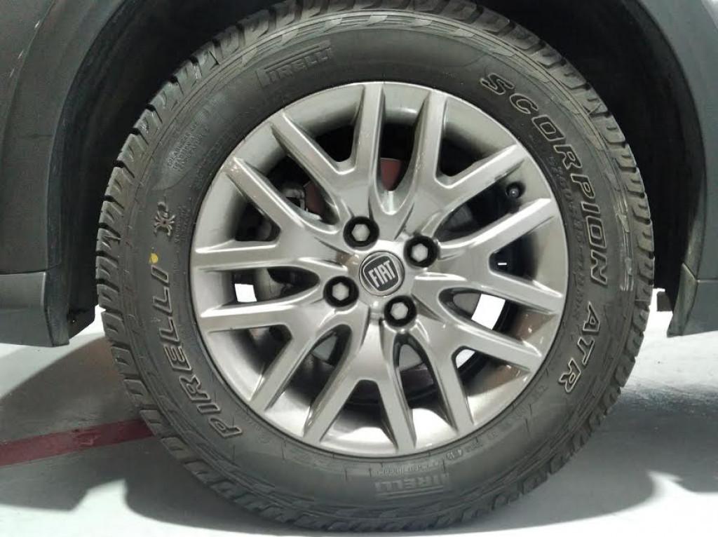 Imagem do veículo FIAT ARGO TREKKING 1.3 FLEX MANUAL - 2020 - CINZA