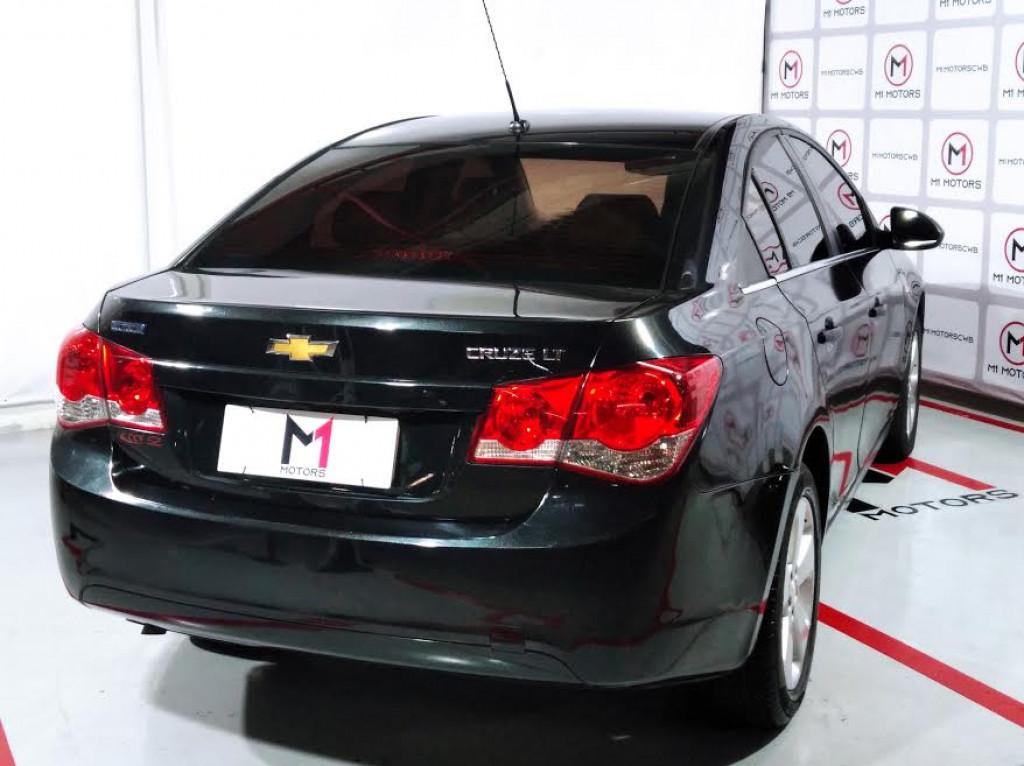 Imagem do veículo CHEVROLET CRUZE LT 1.8 FLEX 4P AUTOMÁTICO - 2014 - PRETO
