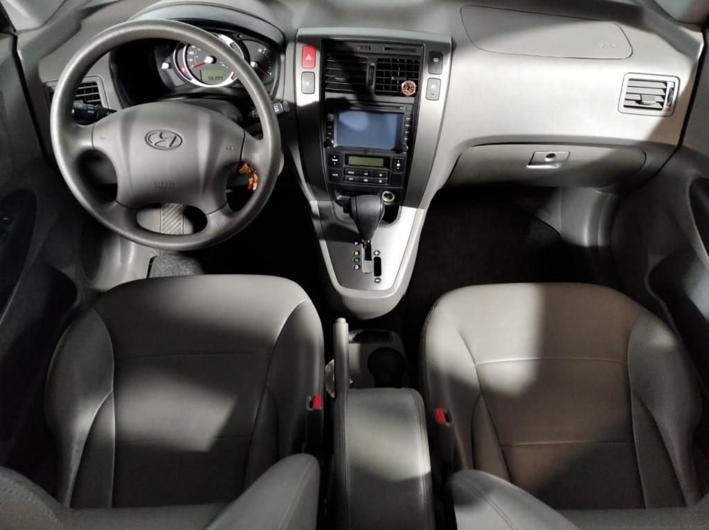 Imagem do veículo HYUNDAI TUCSON GLS 2.0 FLEX 4P  AUTOMÁTICO - 2017 - CINZA