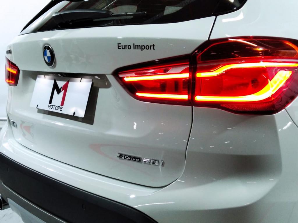 Imagem do veículo BMW X1 SDRIVE20I X-LINE 2.0 TURBO ACTIVEFLEX  4P AUTOMÁTICO 8M - 2019 - BRANCO