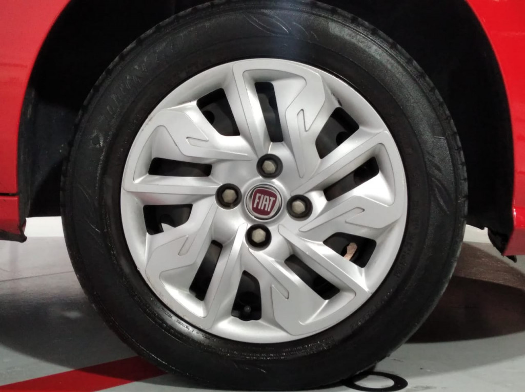 Imagem do veículo FIAT ARGO DRIVE 1.0 FIREFLY FLEX MANUAL - 2018 - VERMELHO