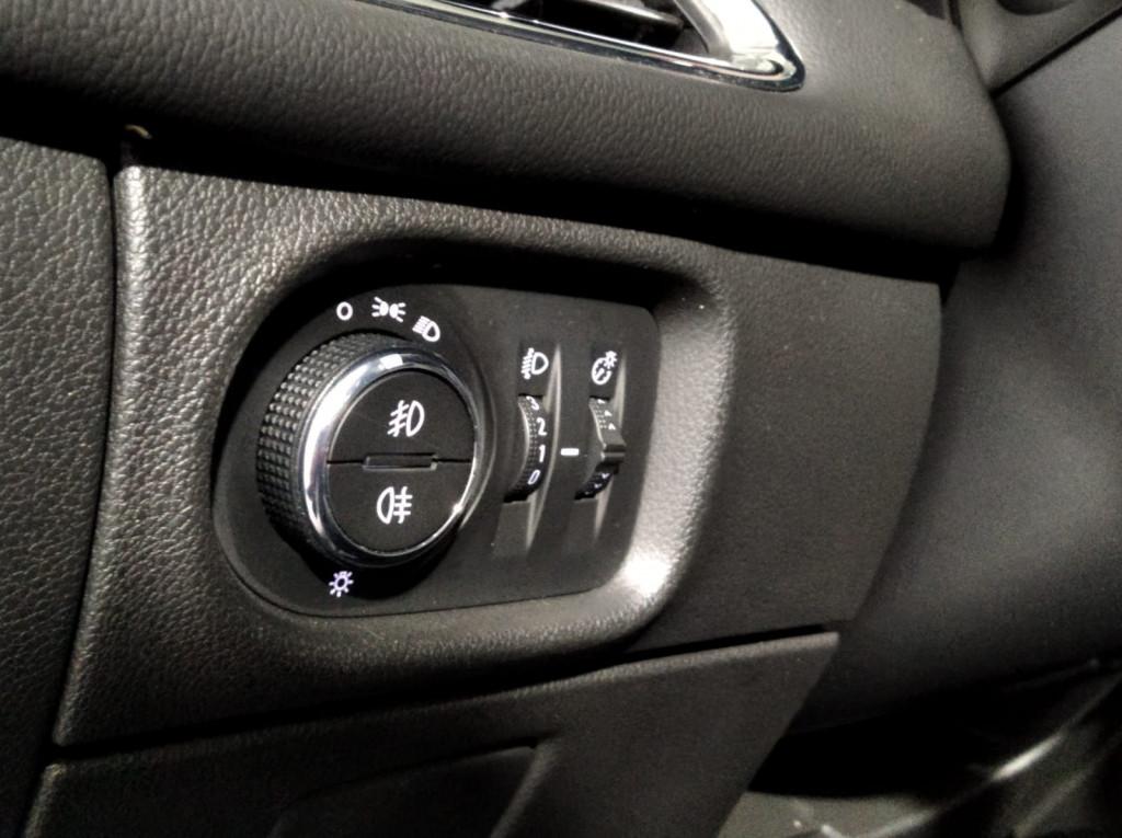 Imagem do veículo CHEVROLET CRUZE LT 1.4 TURBO FLEX 4P AUTOMÁTICO 6M - 2019 - BRANCO