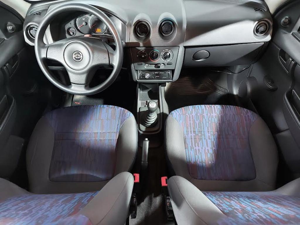 Imagem do veículo CHEVROLET CELTA SPIRIT 1.0 MPFI FLEX 4P MANUAL - 2011 - PRETO