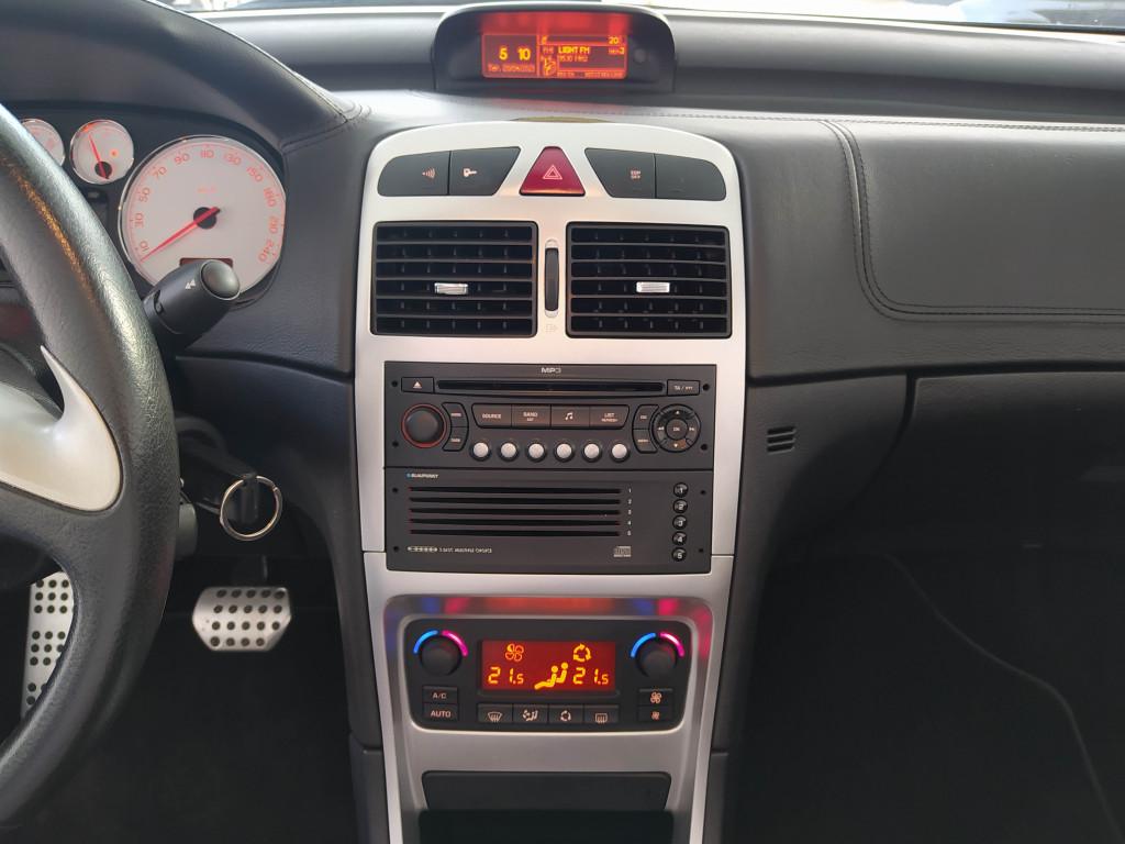 Imagem do veículo PEUGEOT 307 2.0 CC 16V GASOLINA 2P AUTOMÁTICO
