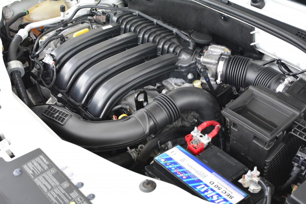 Imagem do veículo RENAULT DUSTER 2.0 DYNAMIQUE 4X2 16V FLEX 4P AUTOMÁTICO