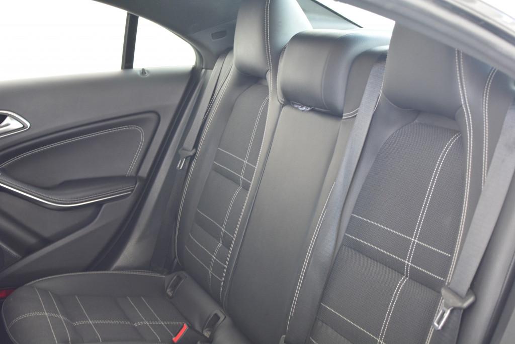 Imagem do veículo MERCEDES-BENZ CLA 200 1.6 URBAN 16V FLEX 4P AUTOMÁTICO
