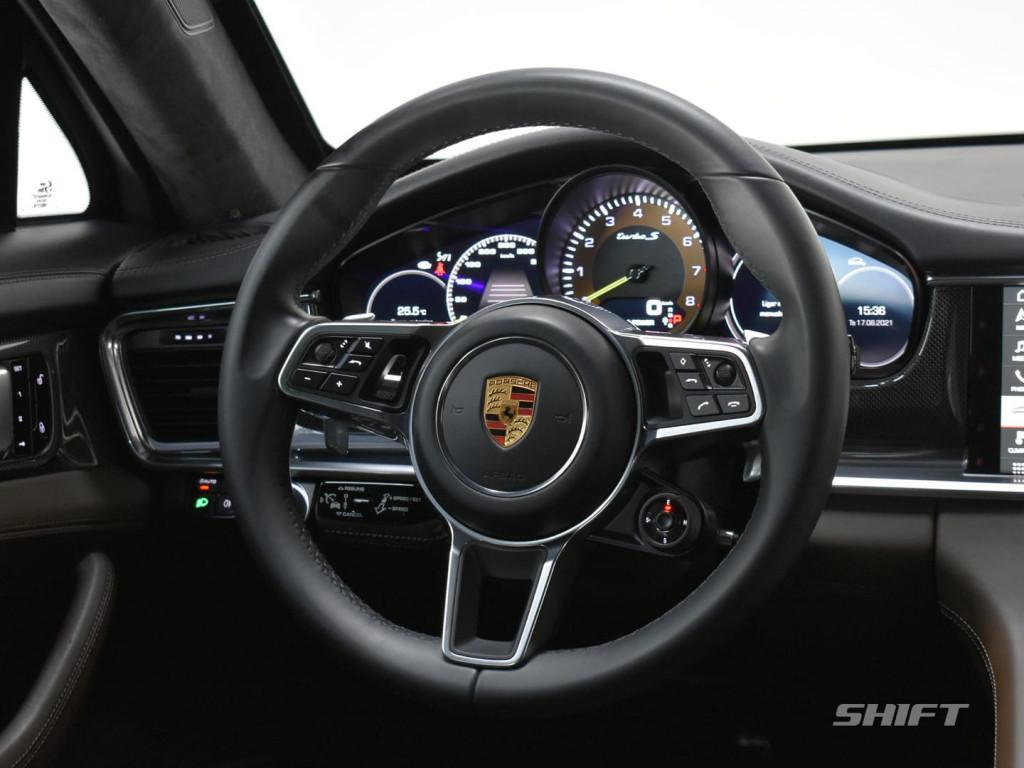 Imagem do veículo Porsche PANAMERA TURBO S E-HYBRID 4.0 680CV