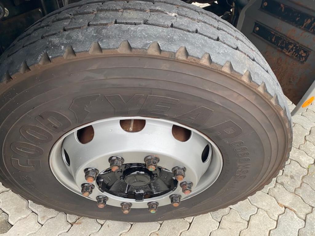 Imagem do veículo MERCEDES-BENZ Axor 3344 S 6x4 2P (E5)