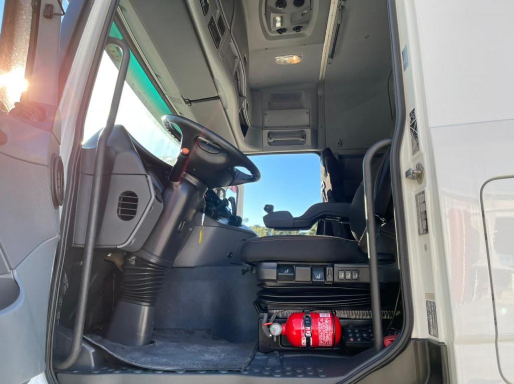 Imagem do veículo MERCEDES-BENZ Actros 2546 LS 6x2 2P (E5)
