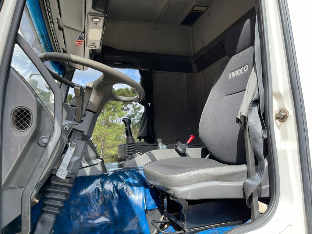 Imagem do veículo IVECO Eurotech MP 450 E-37 2P