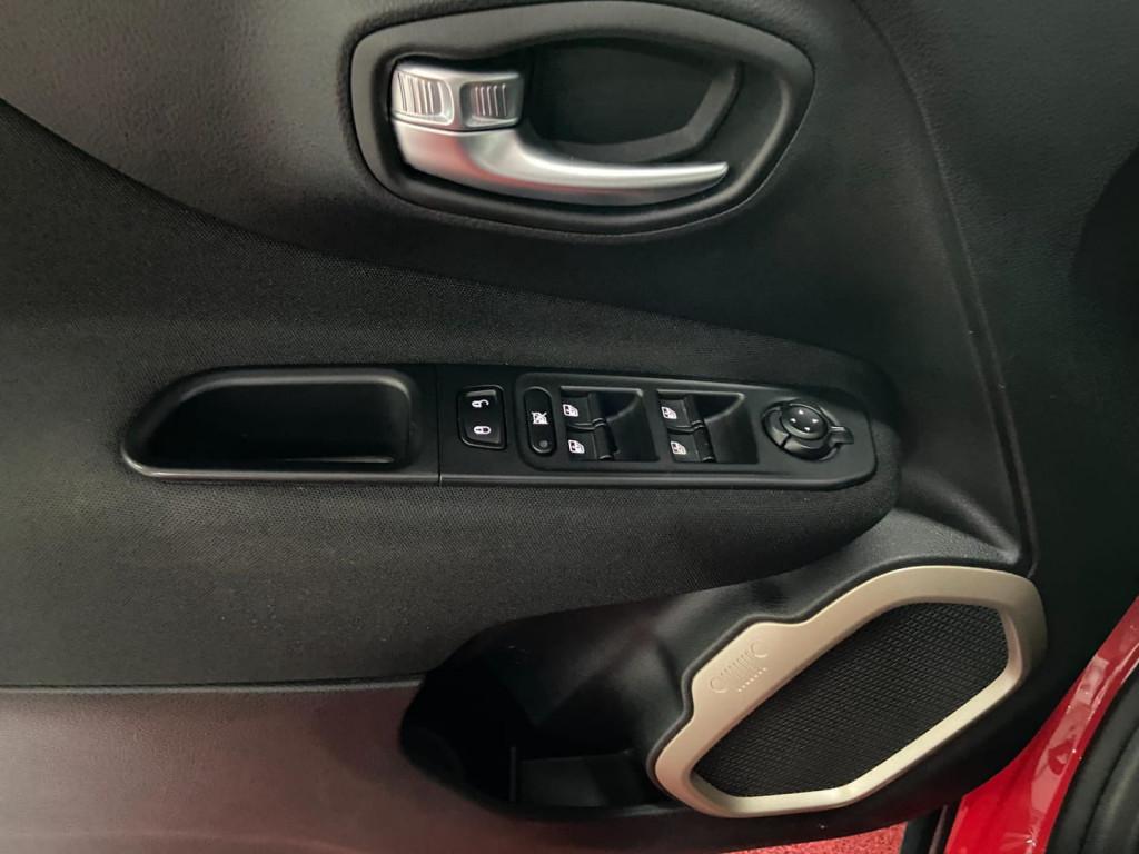 Imagem do veículo RENEGADE 1.8 16V FLEX SPORT (AUTO)