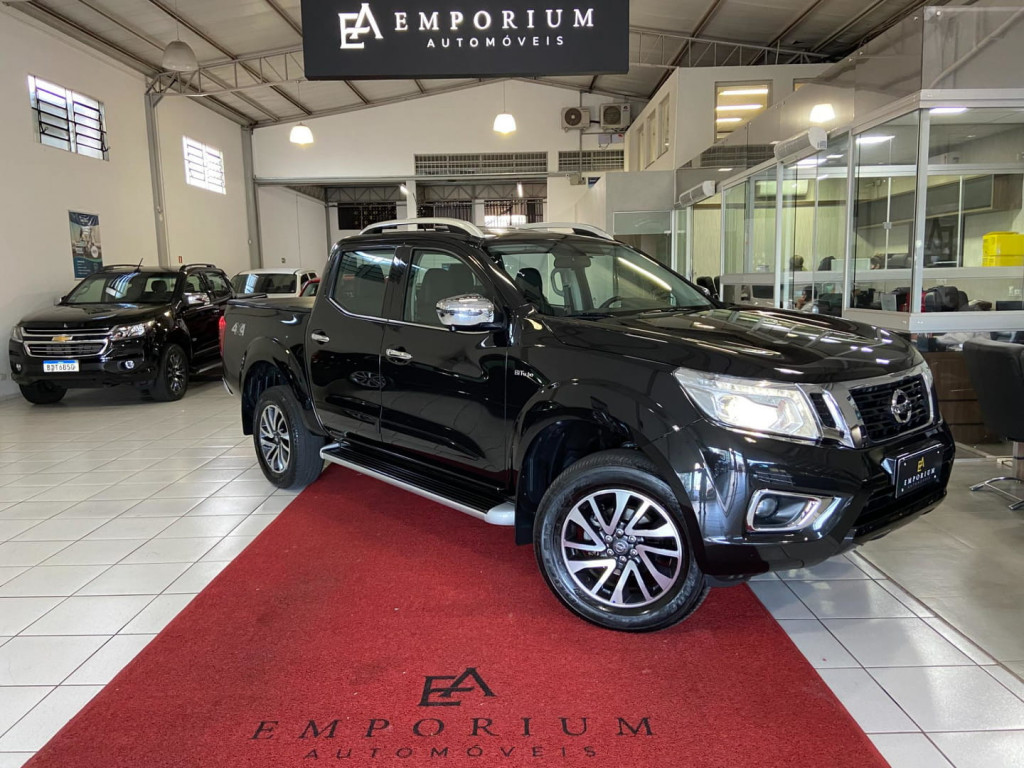 NISSAN FRONTIER LE 2.3 16V TURBO DIESEL CD 4X4 (AUTO)