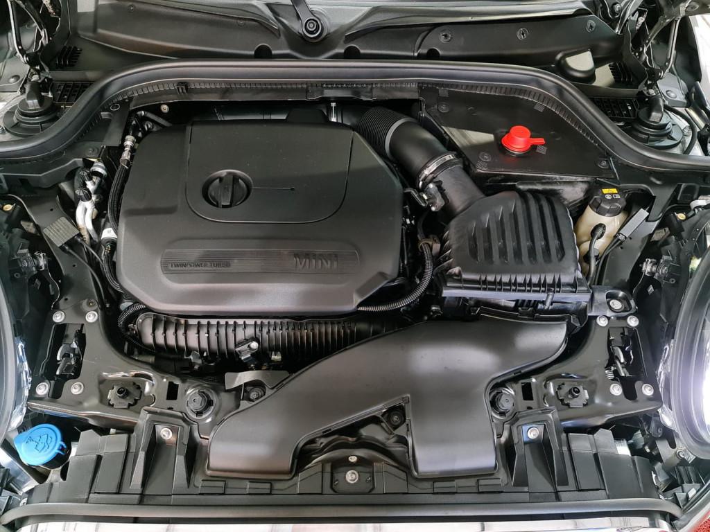 Imagem do veículo MINI COOPER JCW 2.0 16V TwinPower-TB (GASOLINA) (AUTO)