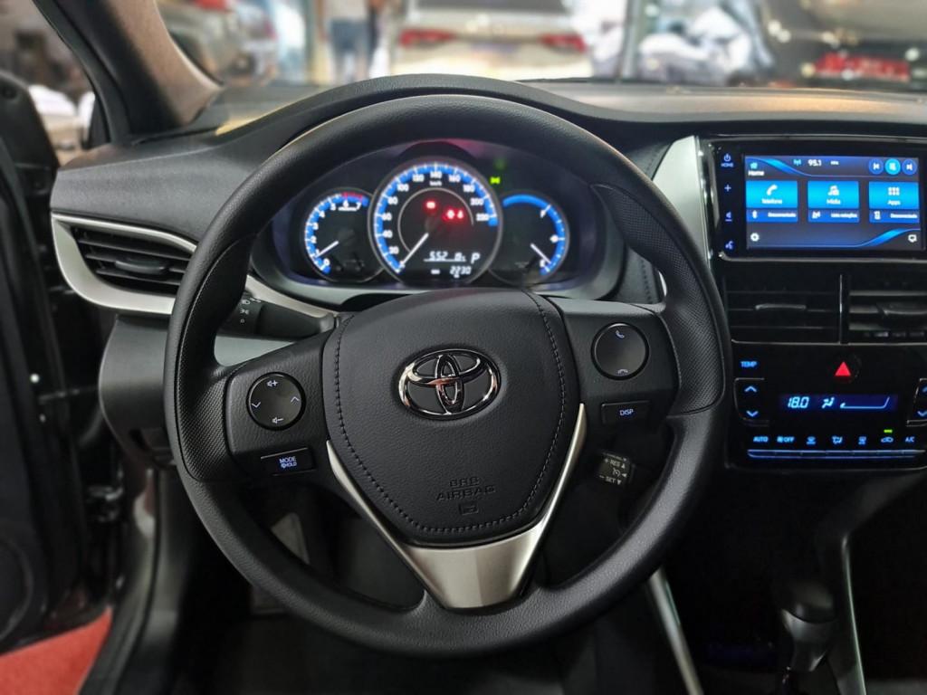 Imagem do veículo TOYOTA YARIS HATCH YARIS 1.5 XL PLUS CONNECT (FLEX) (AUTO)
