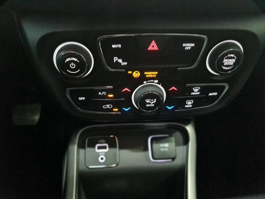 Imagem do veículo JEEP COMPASS LONGITUDE 2.0 16V (FLEX) (AUTOMÁTICO)