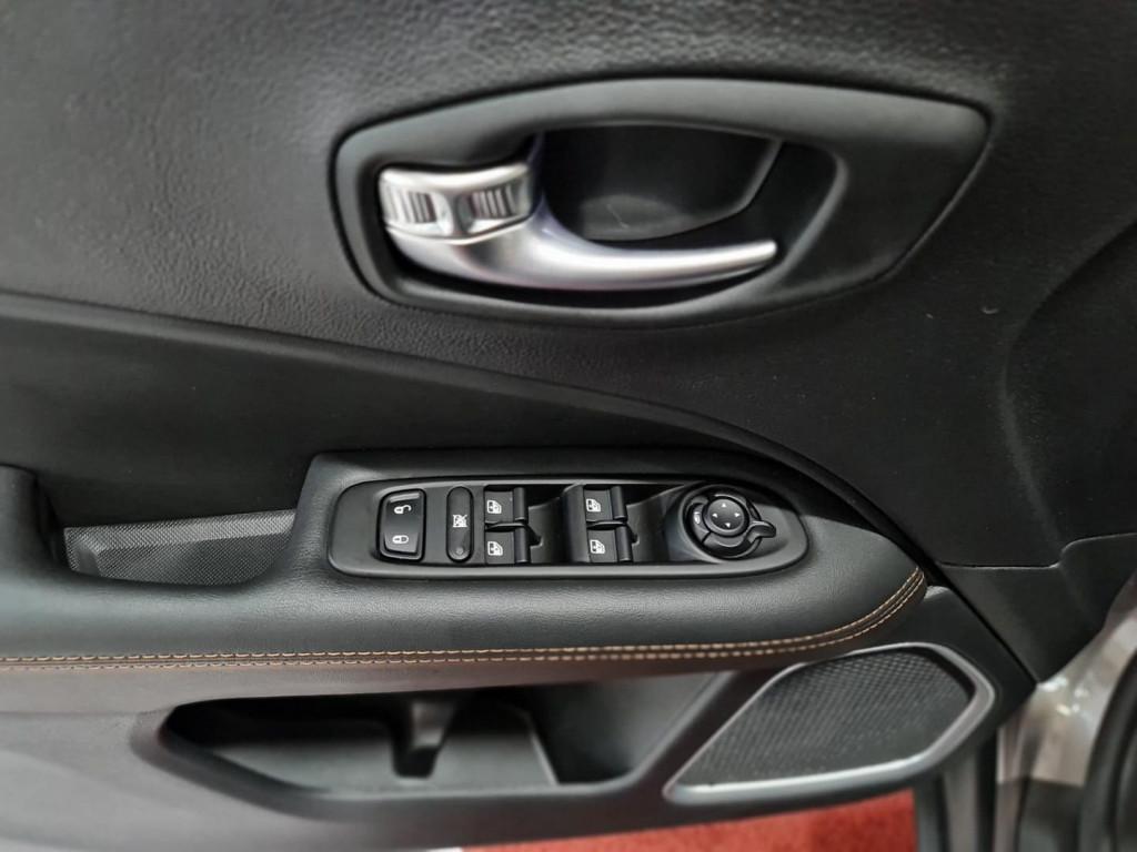 Imagem do veículo JEEP COMPASS LIMITED 2.0 16V 4X4 (DIESEL) (AUTO)
