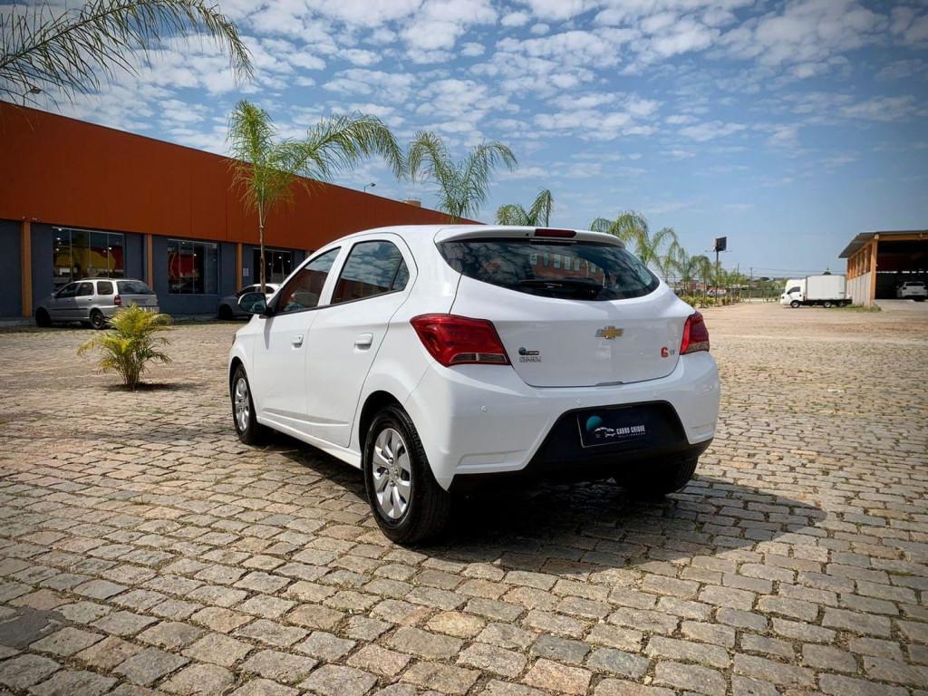 Imagem do veículo Chevrolet ONIX 1.0 LT 8V FLEX 4P MANUAL